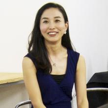 倉岡 麻美子 旅するジュエリー【PETHICA】デザイナー 世界各国を旅し、旅先で受けるインスピレーションや大切な想い出をジュエリーとして形にしている。