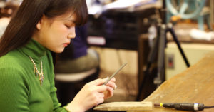 ジュエリーメーカーが直営する数少ないジュエリースクール