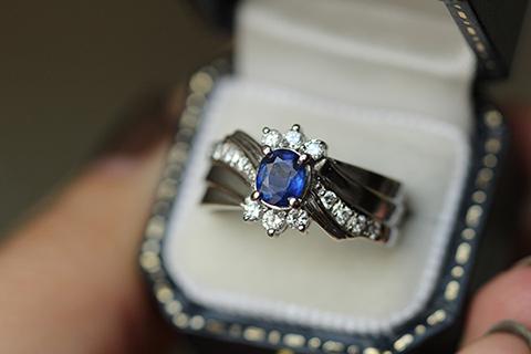 サファイヤとダイヤのアンティークリング