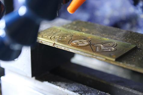 設備紹介/金属切削機/効率の良いジュエリー制作のポイント